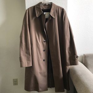Vintage London Fog Tan Trench Coat 44 Reg.